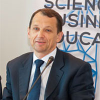 Владимир Смирнов: Нехватка рабочих кадров – проблема не только для ТЭК, но и для всей экономики государства