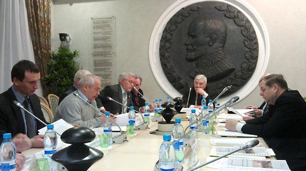 Представлен доклад ИНЭС о текущих результатах подготовки руководителей ОПК